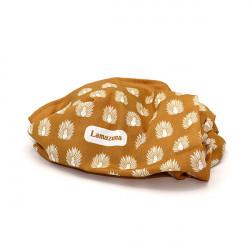 Furoshiki doré pour un emballage cadeau zéro déchet