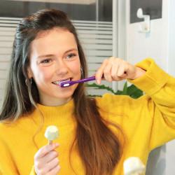 Utilisation brosse à dents à tête rechargeable extra souple